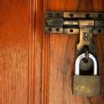 6 Tips to Keep Your Home Safe While You Are Gone for the Holidays